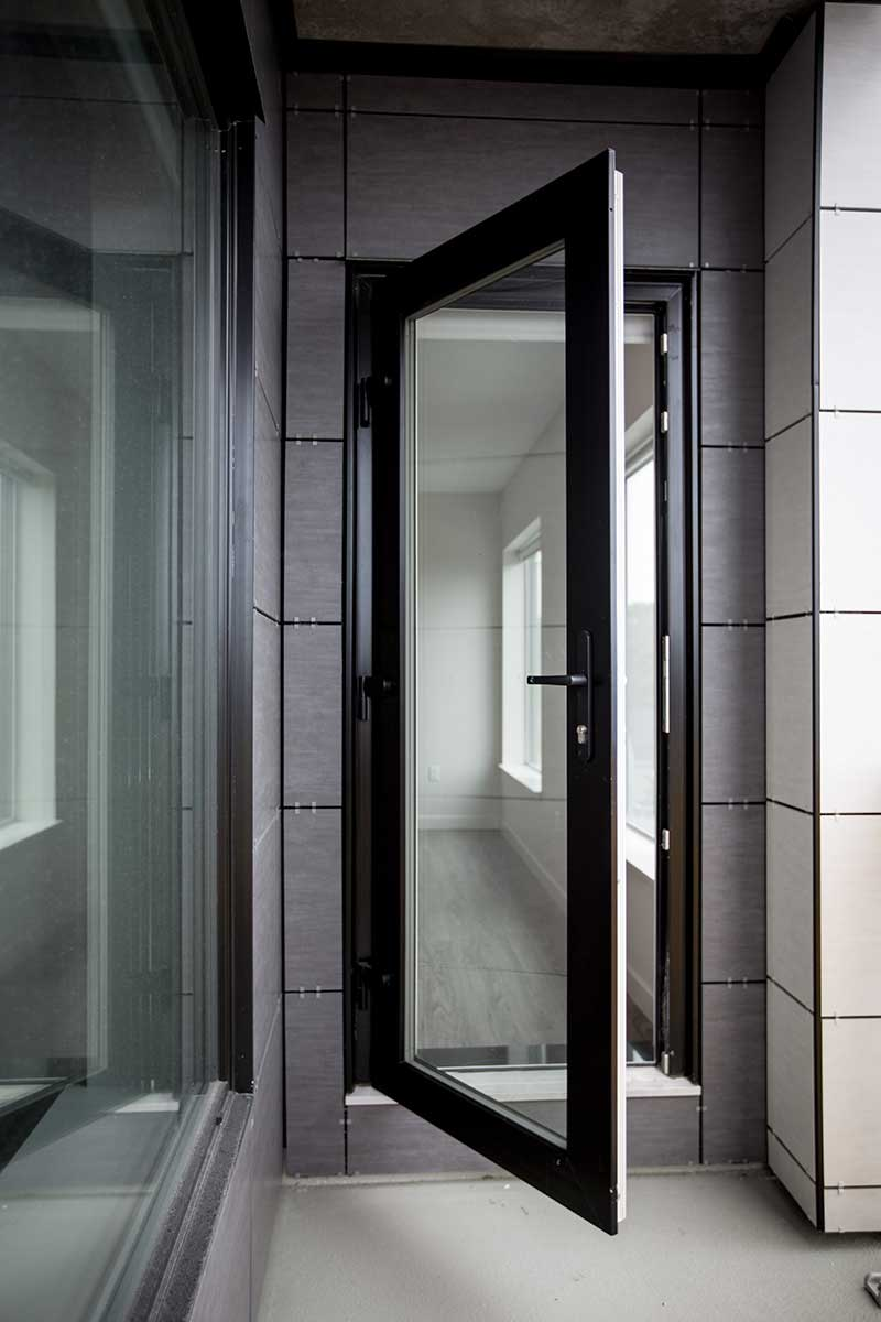 Kohltech Glass Panel Door